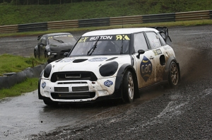 Button drove a JRM Racing Mini at Lydden Hill.