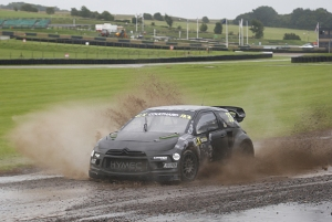 Coulthard tries his hand at Rallycross at Lydden Hill.