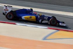 f1-bahrain-gp-2016-felipe-nasr-sauber-c35